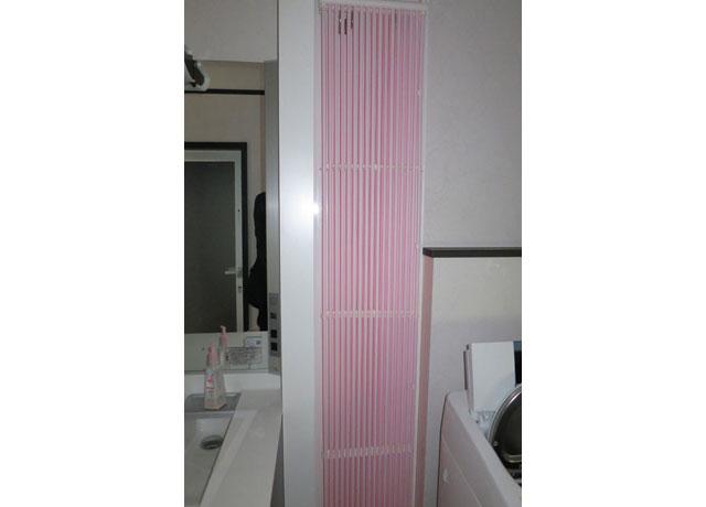 洗面所に設置したクール暖パネル