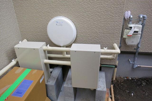 熱源機1台ヘッダー4系統