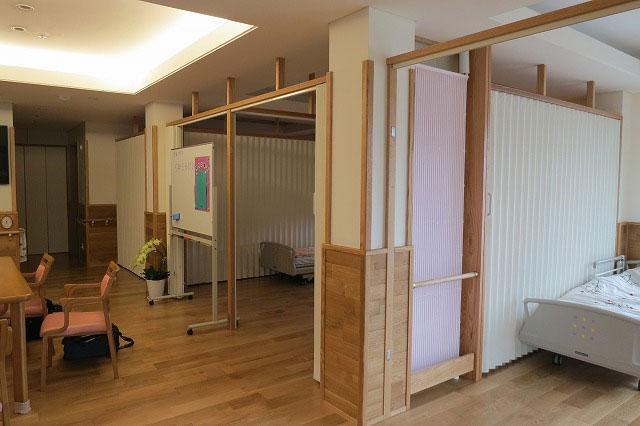 小規模多機能型居宅介護施設に輻射冷暖房クール暖納入