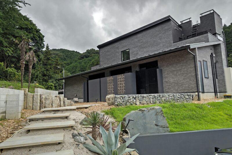 スタイリッシュ且つデザイン性に富んだ木造住宅